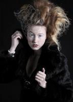 Fashion-Porträt aus dem Foto-Wolff-Studio in Dinslaken - Workshop-Teilnehmer erstellen Fotos dieser Art
